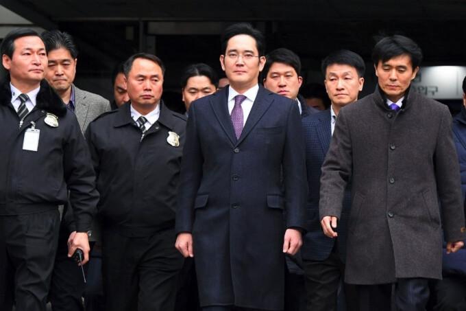 Jay Y. Lee, head of Samsung, denies all charges in bribery trial
