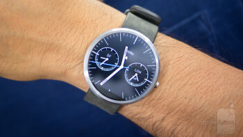 The original Moto 360 is one of the best devices left behind in the transition to Android Wear 2.0