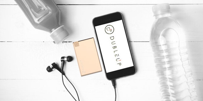 The credit card-sized Dubleup is your portable powerbank on a Slim-Fast diet