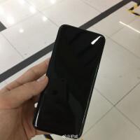 shiny-black-Galaxy-S8-6.jpg