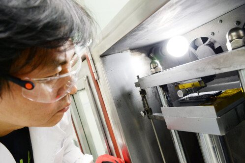 G6 testing in LG's Digital Park labs