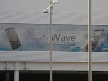 The Samsung Wave is going to be the first Bada phone
