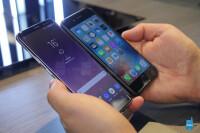 samsung-galaxy-s8-vs-apple-iphone-7-comparison---2