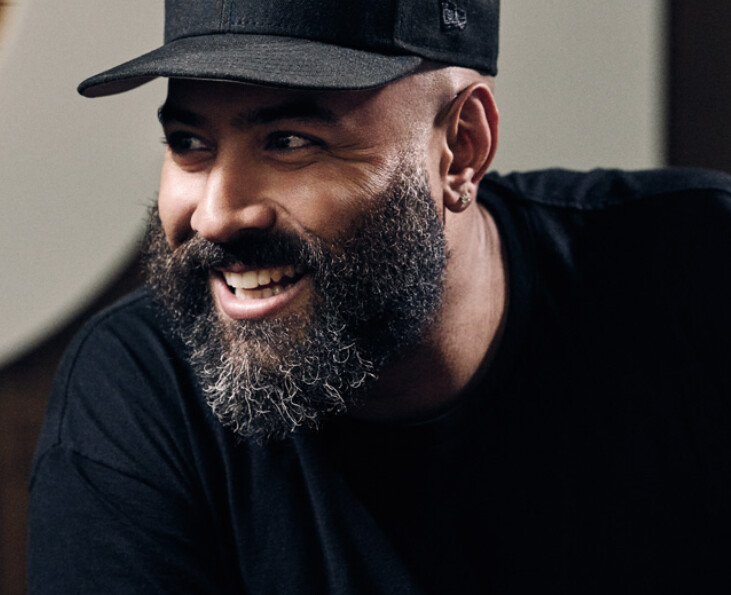 Beats 1 DJ Ebro Darden could be broadcasting live from the 5th Avenue Apple Store once it reopens - Beats 1 to broadcast live from renovated 5th Avenue Apple Store?