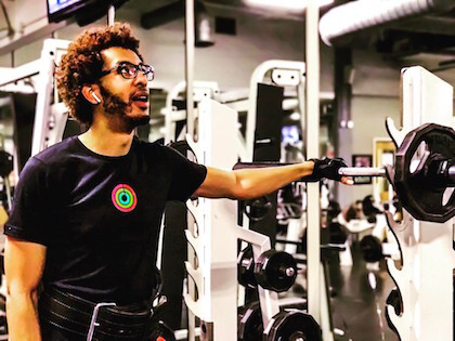 Apple employees took to Twitter to show off their Activity ring t-shirts - Apple organises health challenges for employees, hands out t-shirts and pins as prizes