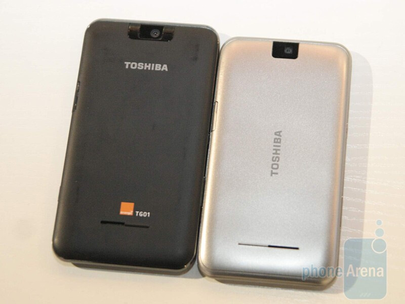 Toshiba TG02 - right next to TG01 - left - MWC 2010: Live Report