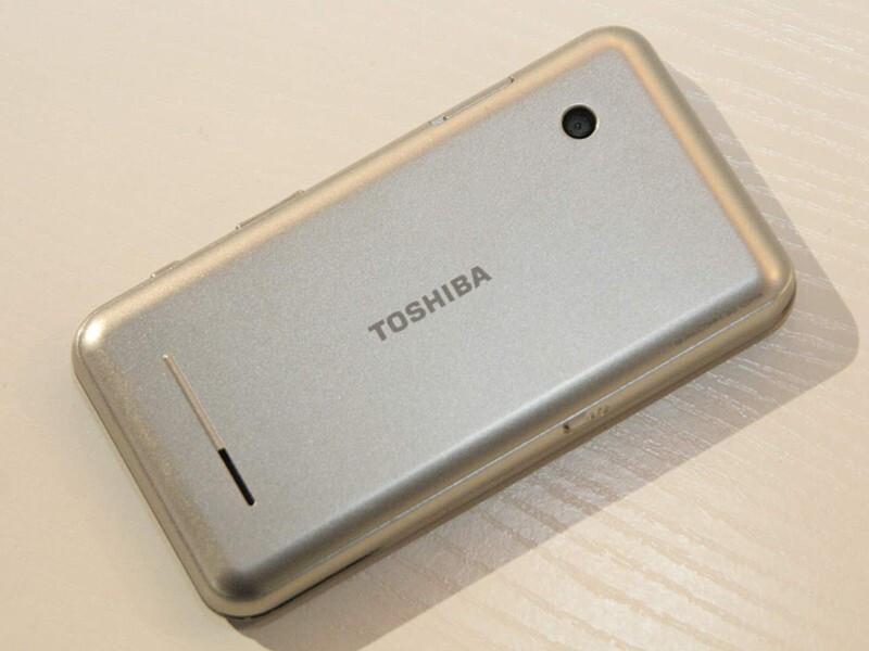 Toshiba K01 - MWC 2010: Live Report