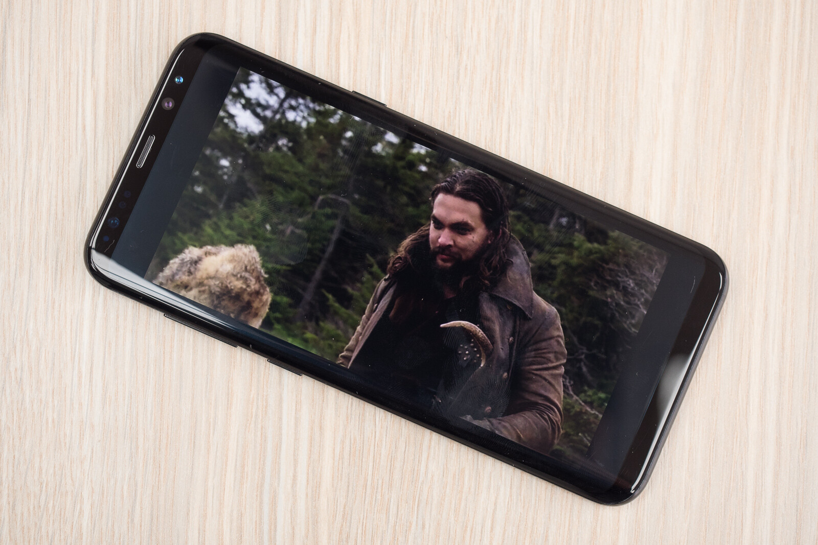 Netflix's Frontier is shot in 2:1, but starts letterboxed