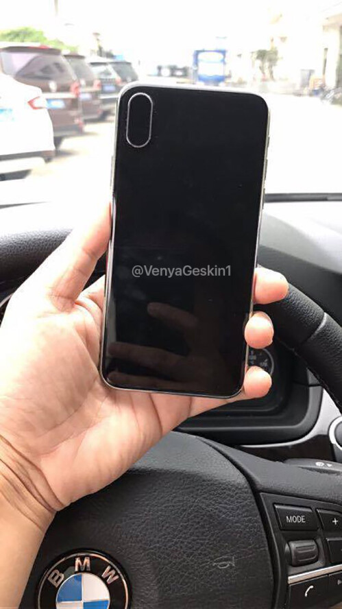iPhone 8 dummy leaked by Benjamin Geskin