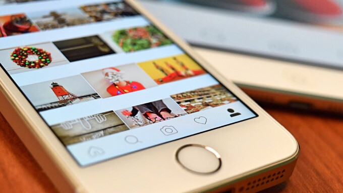 Instagram now lets you upload photos from its mobile website