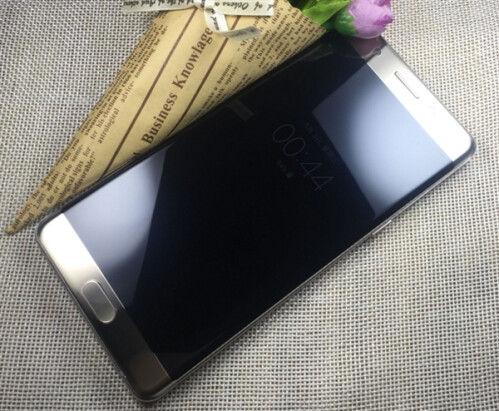Images of the Samsung Galaxy Note 7R from a Chinese merchant