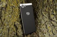BlackBerry-KEYone-Review003-Custom