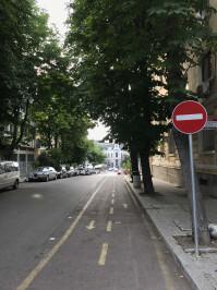 iPhone-7-cyclist-lane-normal.jpg