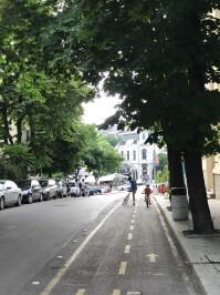 iphone-7-cyclist-zoom.jpg