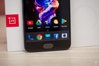 How to make use of OnePlus 5&https://www.phonearena.com/news/How-to-make-use-of-OnePlus-5s-nifty-screen-gestures_id96031#039;s nifty screen gestures