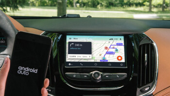 Google finally integrates Waze into Android Auto
