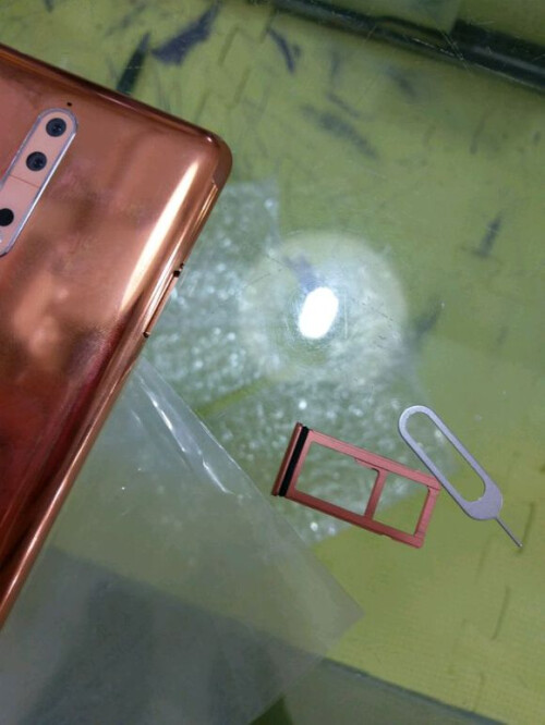 Nokia 8 live pictures