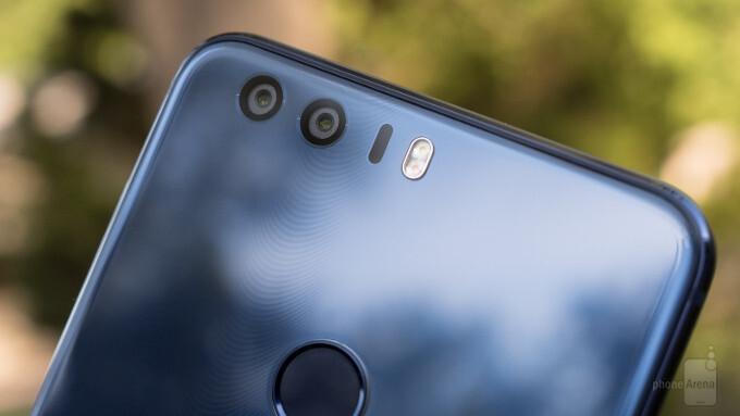 Dirty dozen: top 12 best dual SIM Android phones (Mid 2017)