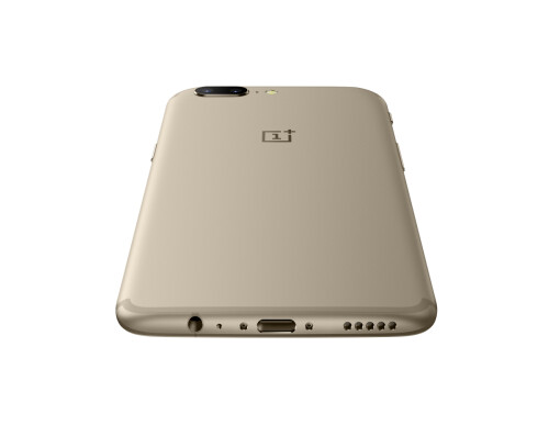 OnePlus 5 in soft gold