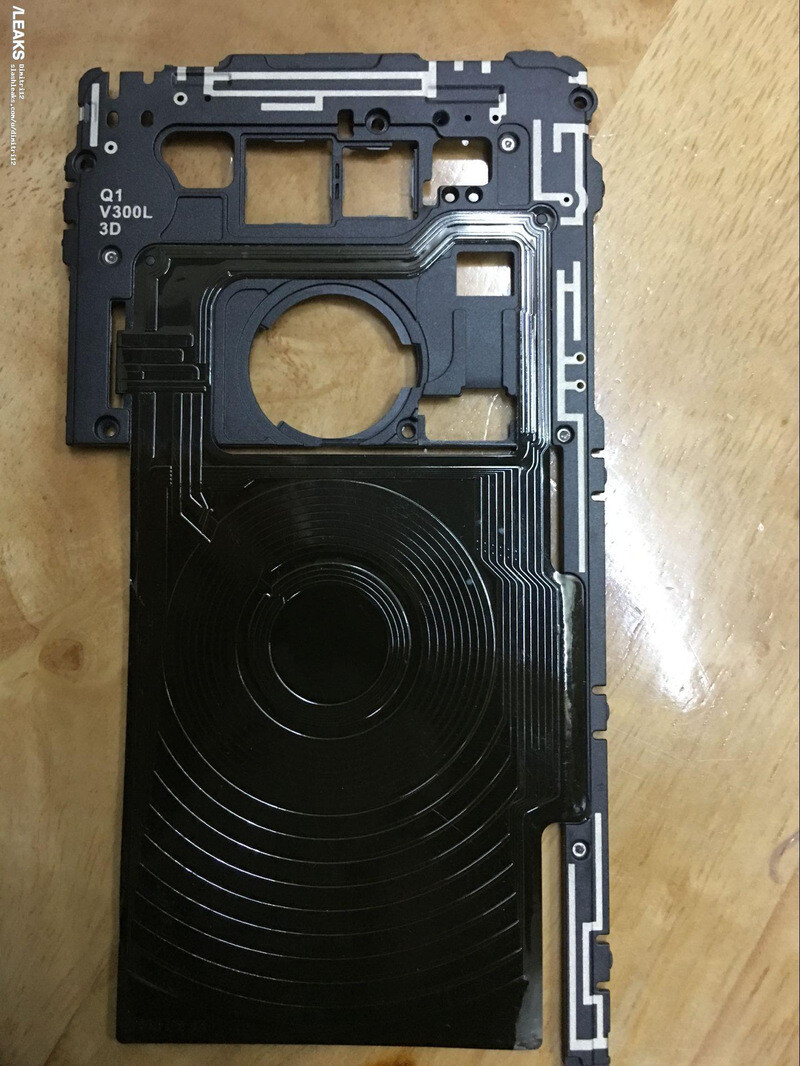 On the left are two batteries believed to be meant for the Galaxy Note 8. On the right – an alleged LG V30 component that allows wireless charging - Galaxy Note 8 vs LG V30: both big and powerful, but here's how they'll differ