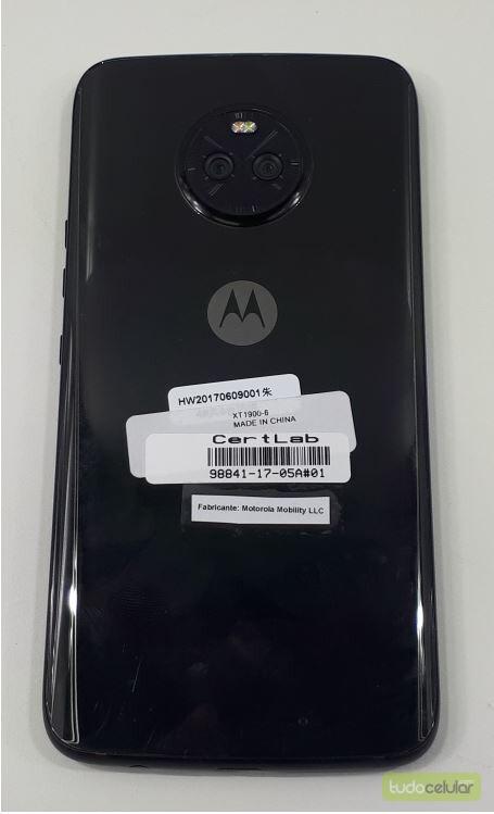 Moto X4 leaked images