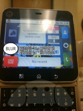 Prototype Motorola Android handset gets snapped - or just a bad photoshop job?