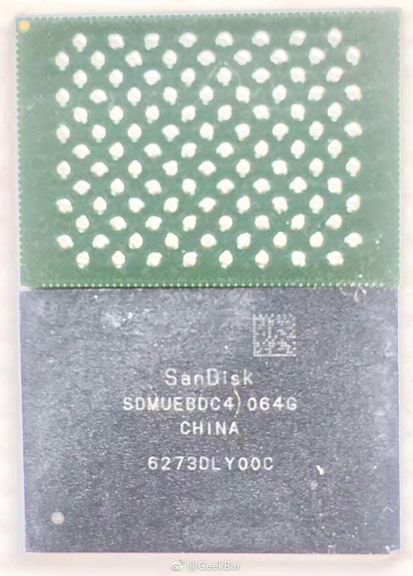 This 64GB Flash memory chip allegedly made for iPhone 8 is produced by SanDisk - Kuo: Apple iPhone 8, iPhone 7s Plus will have 3GB of RAM; only 2GB of RAM will be found on iPhone 7s