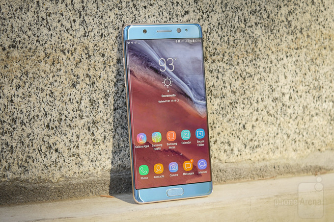 Would you buy the Galaxy Note FE or the Galaxy Note 8?