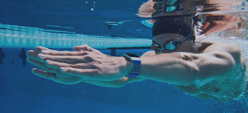 Water proof even for swimmers, GPS