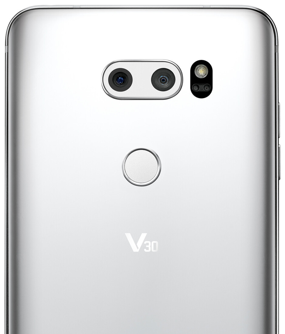 With the V30, LG continues the tradition of combining a wide-angle camera with a regular one with a narrower field of view - LG V30 goes official: stunning bezel-less design and high-end audio in one powerful package
