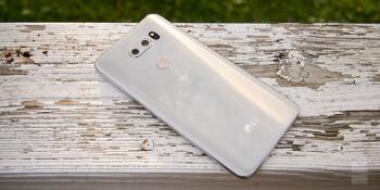 LG V30 size comparison versus Galaxy Note 8, S8, S8+, LG G6, OnePlus 5, HTC U11, iPhone 7 Plus