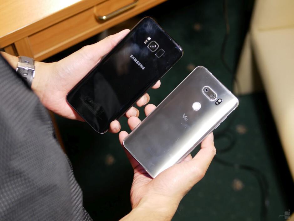 LG V30 vs Samsung Galaxy S8+ first look comparison