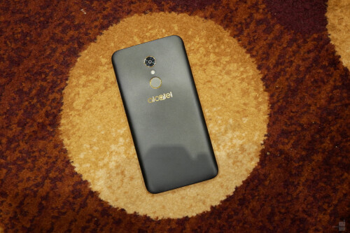 Alcatel A7 and A7 XL hands on