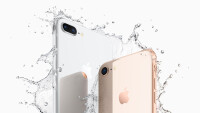iPhone8PlusiPhone8water
