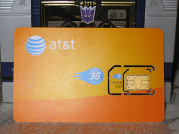 AT&T readies its micro SIM cards for the iPad & iPhone