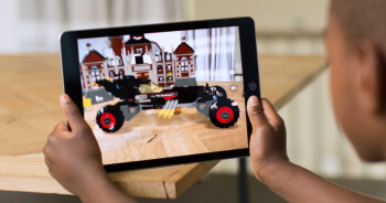 Here's what iPhones and iPads are compatible with Apple's augmented reality ARKit framework