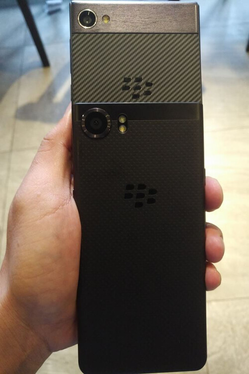 Comparing the back of the BlackBerry Krypton with the rear of the BlackBerry KEYone