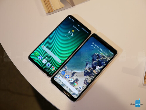 Google Pixel 2 XL vs LG V30 first look