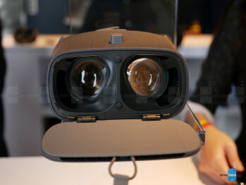 Google Daydream View (second-gen) hands-on