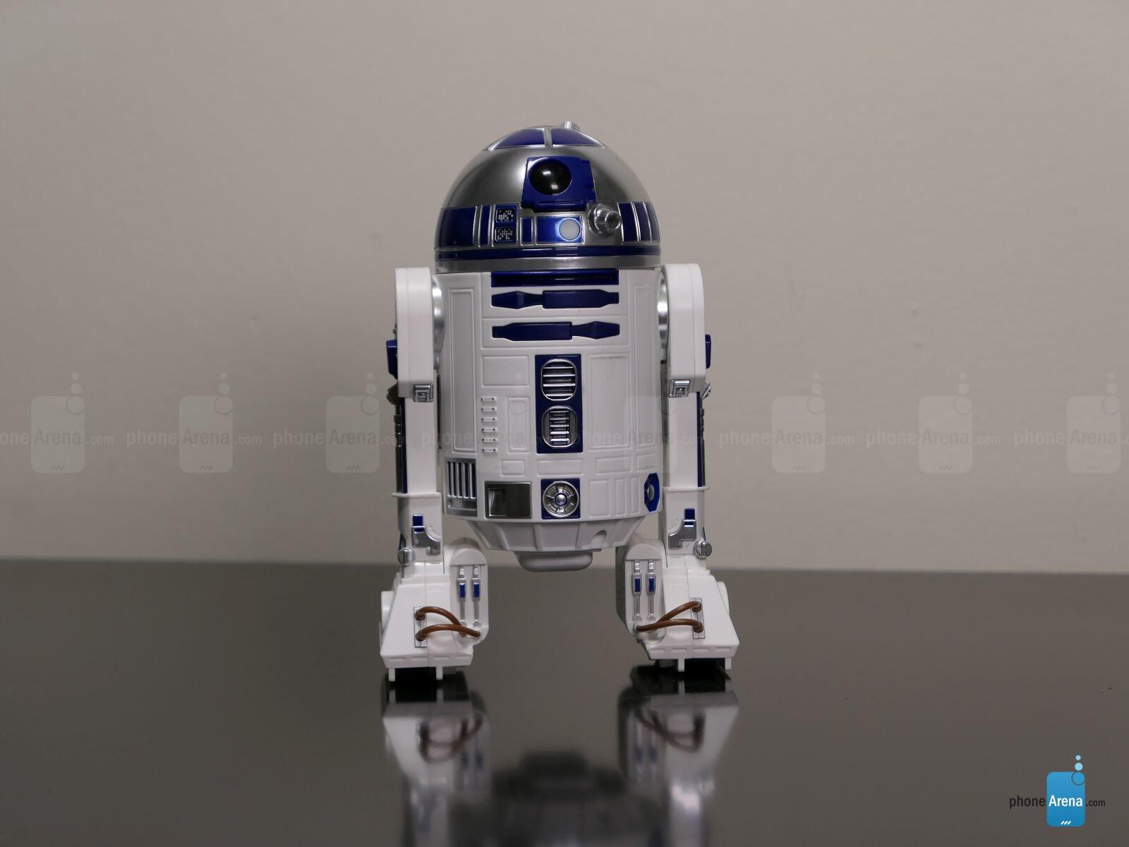 Sphero Star Wars Bb 8 Bb 9e Amp R2d2 Hands On Smartphone