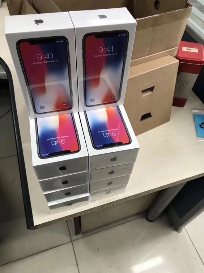 Photos show iPhone X boxes waiting to ship; video reveals ...