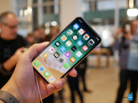 Apple-iPhone-X-hands-on-5-of-33