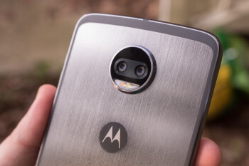 "Qualcomm praises Moto Z2 Force and X4, explains their ""Landmark Detection"" camera feature"