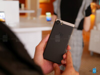 BlackBerry-KeyOne-in-bronce-hands-on-12-of-17