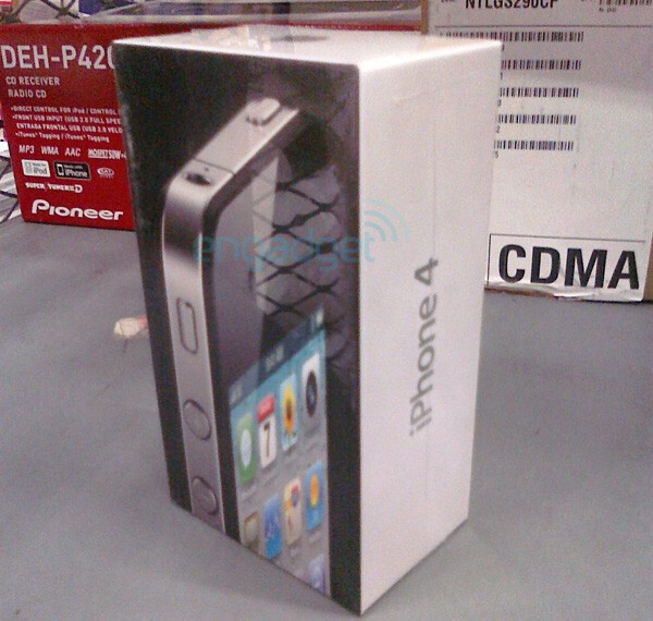 iPhone 4 box at Walmart - Some iPhone 4 pre-orders may arrive on June 23, Walmart getting its units