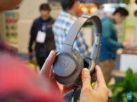Audio-Technica-ATH-ANC700BT-QuietPoint--hands-on-2-of-9