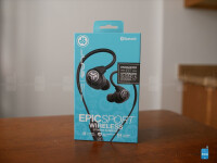 JLab-Epic-Sport-Wireless-Earbuds-hands-on-2-of-10