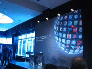 Motorola DROID X unveiling event - DROID does neXt