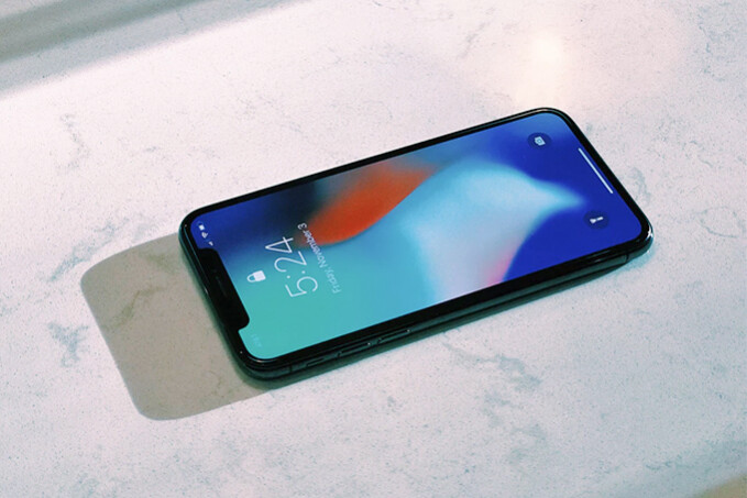 Apple expected to purchase 270 million iPhone screens in 2018, half of which OLED