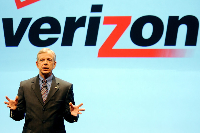 Verizon's CEO predicts a month of battery life from 5G phones down the road - Verizon CEO: 5G phones and devices to have monster battery life